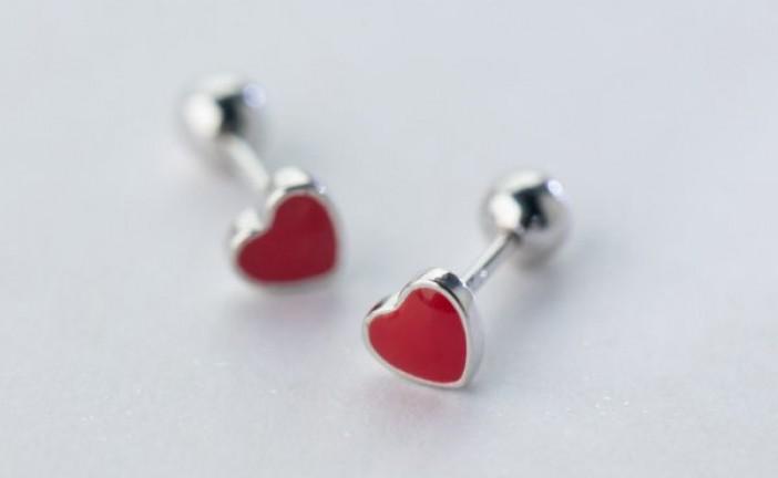 Серебряные пусеты: любовь от мала до велика