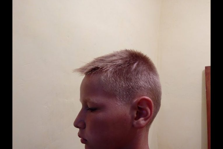 Короткая стрижка для мальчика